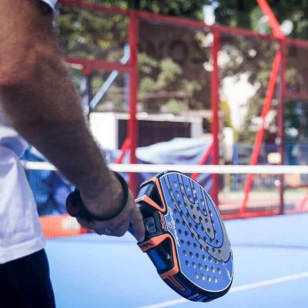 Padel tennis is de nieuwste sporttrend,  is het iets voor jou?