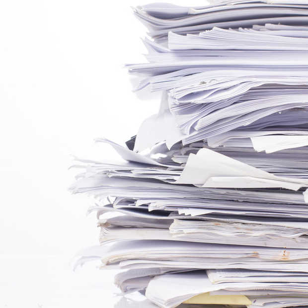 Waarom het nooit wat wordt met dat papierloze kantoor