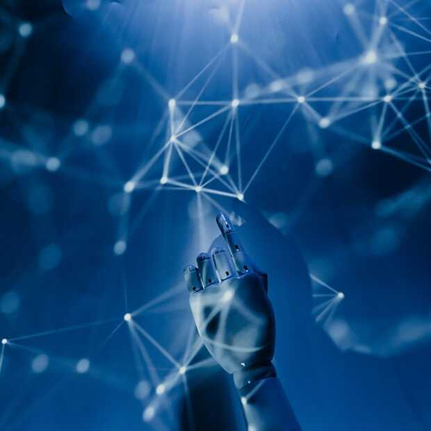 DXC Technology en Lenovo gaan samenwerken met Dr. Peter Scott-Morgan