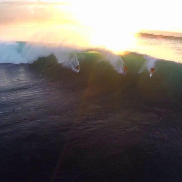 Mooie beelden surfers in Hawai, opgenomen met een Drone & GoPro