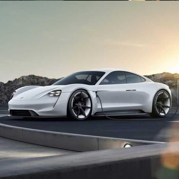 Maak kennis met de elektrische Porsche: de Taycan