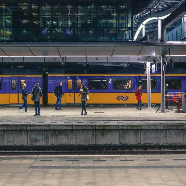 Prijzen voor openbaar vervoer harder gestegen dan autokosten