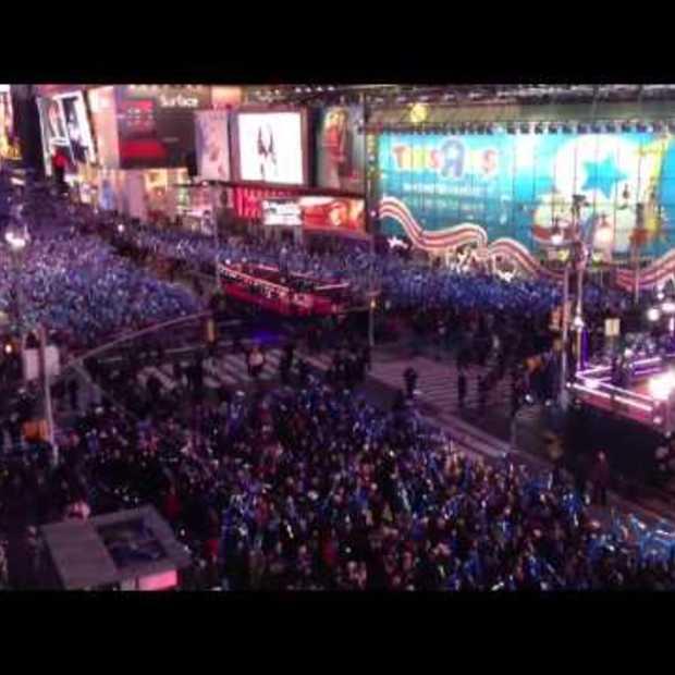 Gangnam Style op Times Square met nieuwjaars avond