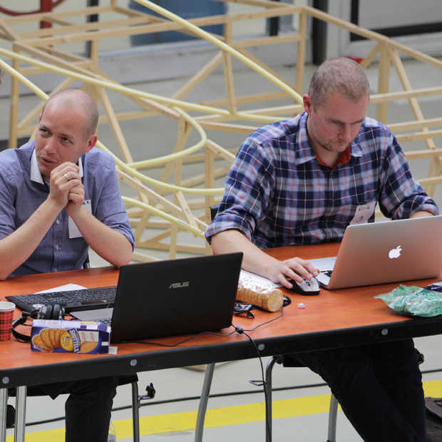 Waar zijn die hackers mee bezig? World Port Hackathon update #WPH2014
