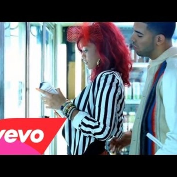 Weekend Viral : Rihanna - What's My Name? ft. Drake