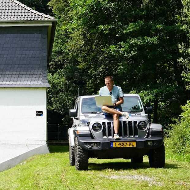 Werken op en in de Jeep Wrangler Rubicon 4xe