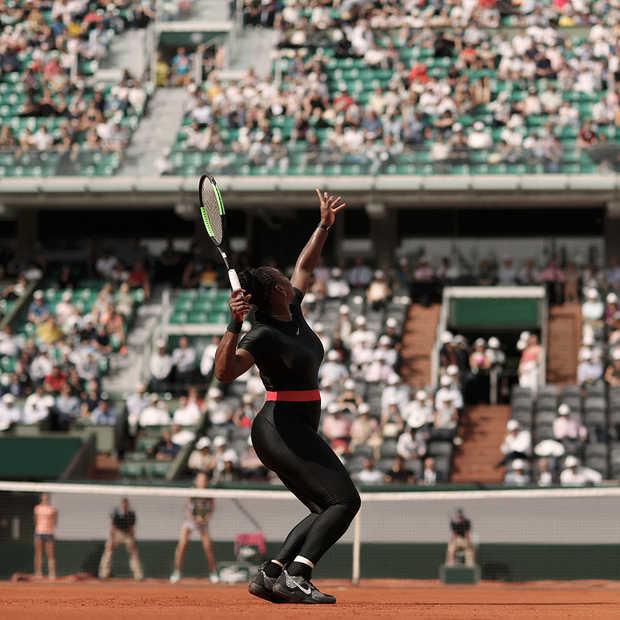 Serena Williams valt op met haar Catsuit