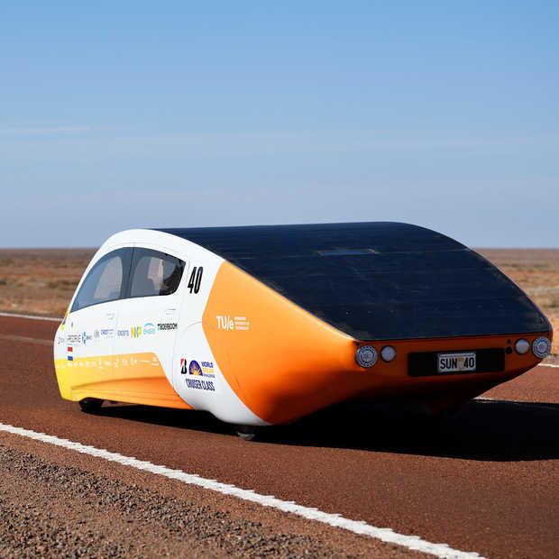 Zonneauto TU Eindhoven wint voor vierde keer op rij World Solar Challenge