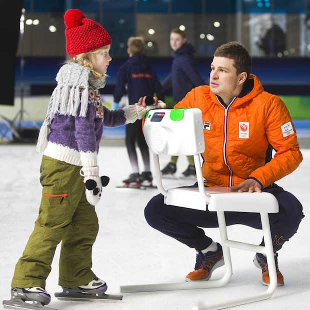 Hightech schaatsstoel moet de kleintjes helpen met leren schaatsen