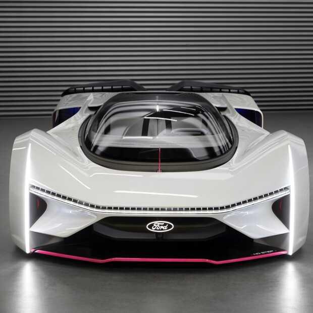 De extreme virtuele Team Fordzilla P1 raceauto wordt realiteit