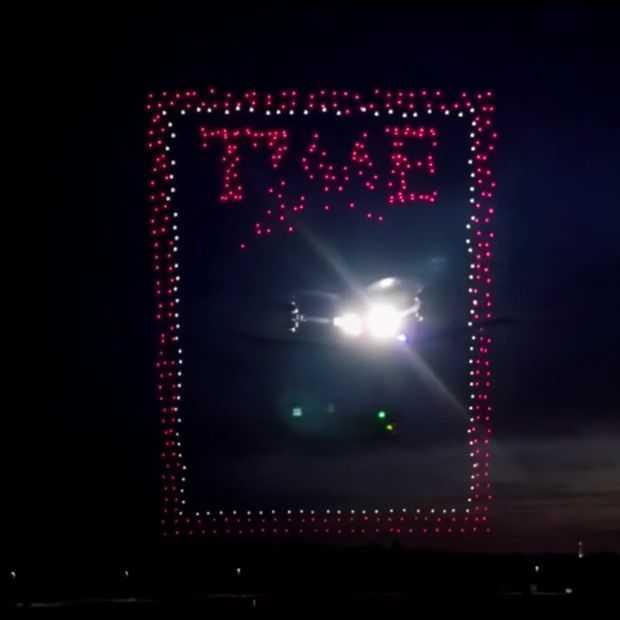 Vette video: Time Magazine gebruikt bijna 1000 drones voor cover