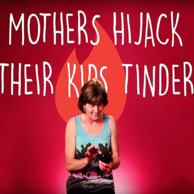 Deze moeders nemen de Tinder-accounts van hun kinderen over!