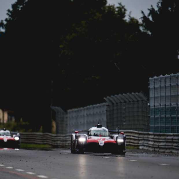 Toyota en Alonso pakken historische  overwinning op Le Mans