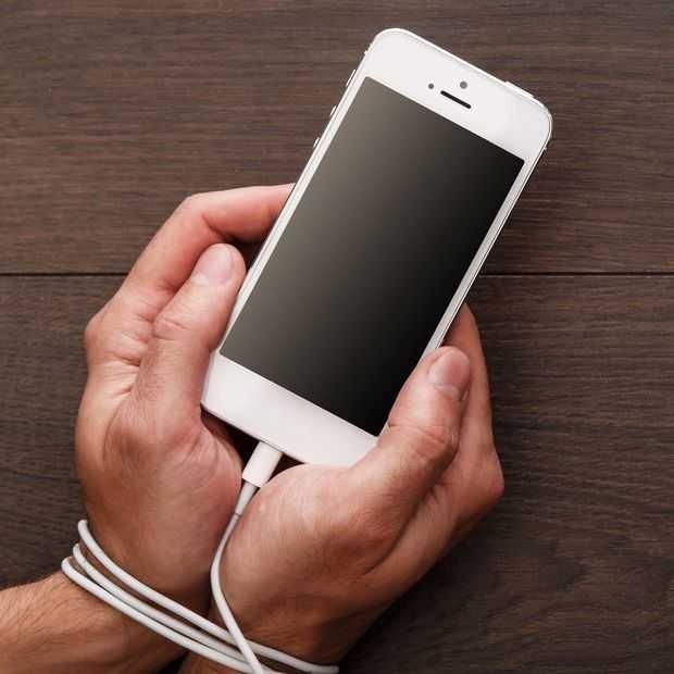 Aandeelhouders manen Apple: doe iets tegen smartphoneverslaving