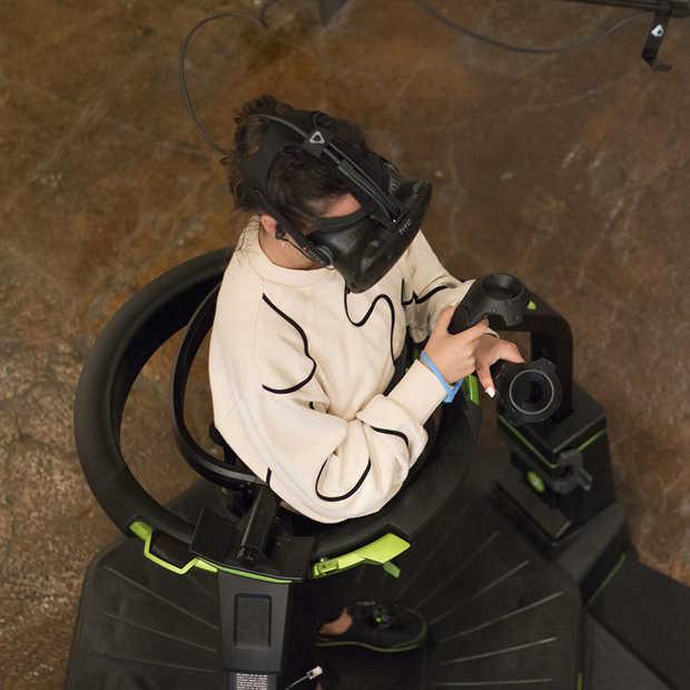 Gaming meets sport met deze 360° loopband