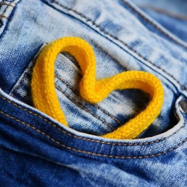 De wetenschap bevestigt: zakken in vrouwenkleding zijn te klein