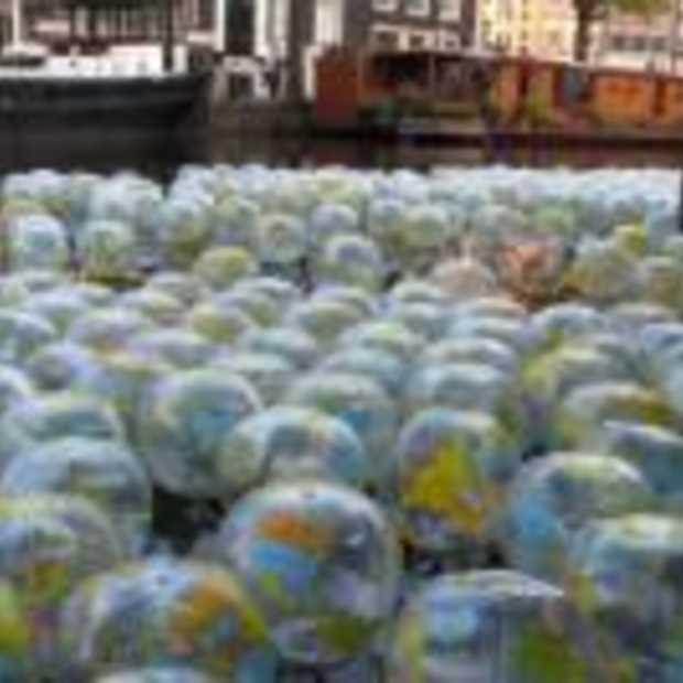 Wereldbollen in de Prinsengracht