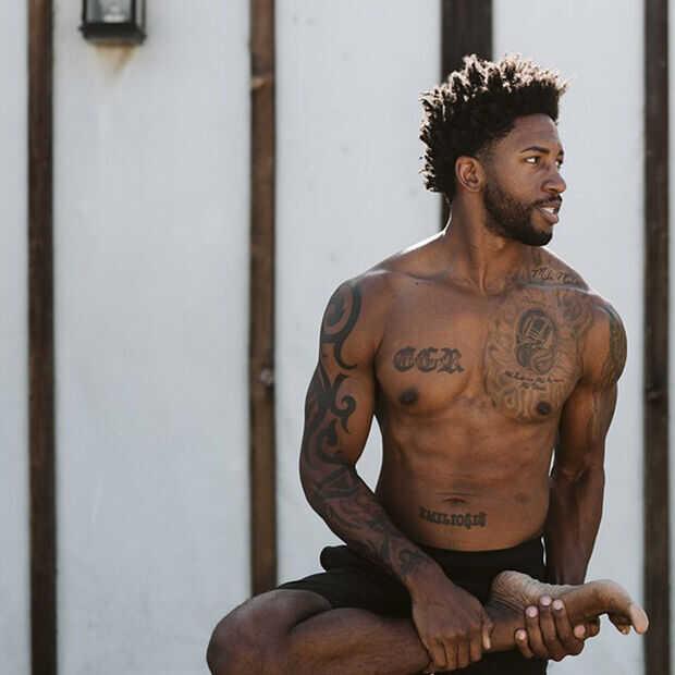 Yogadag! Is yoga ook voor stijve harken?